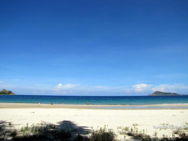 Bãi biển Vịnh Hòa
