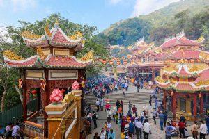 Núi Bà Đen Tây Ninh có gì chơi bạn đã biết chưa? Vì đâu mà đi du lịch Núi Bà Đen lại cuốn hút đến thế nhỉ? thumbnail