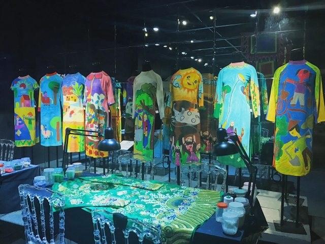 Bên trong bảo tàng có một không gian riêng cho các em nhỏ thỏa sức sáng tạo với chiếc áo dài