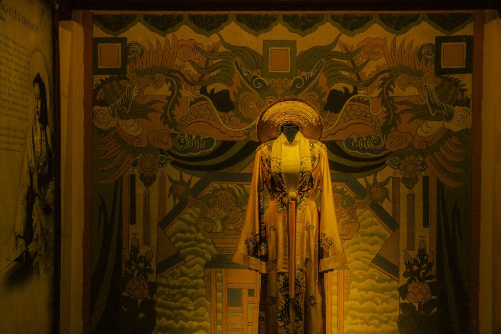 Mỗi chiếc áo dài tại bảo tàng Áo dài đều mang một câu chuyện đầy ý nghĩa