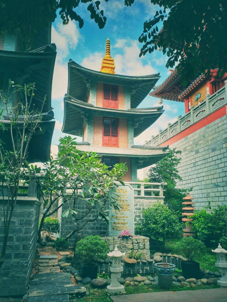 Tu viện mang nhiều nét kiến trúc giống với những ngôi chùa Nhật Bản