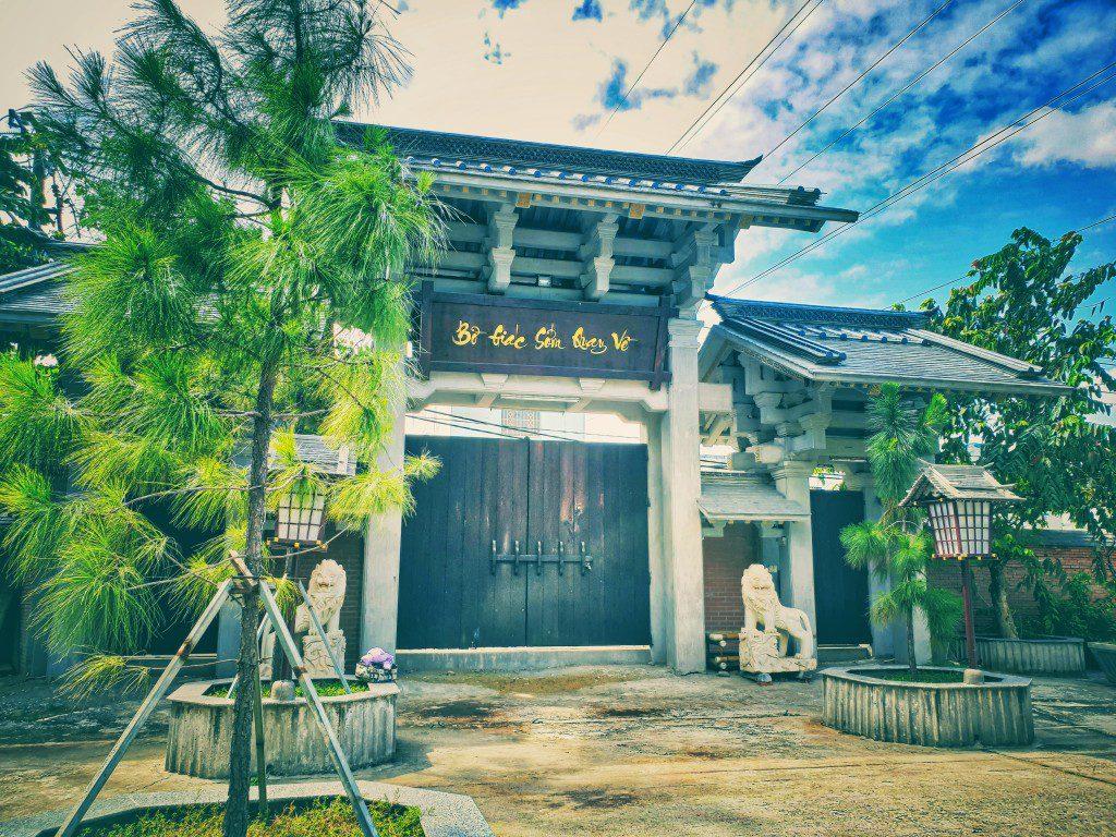 Cảnh quan Tu viện Khánh An mang nét độc đáo khác xa so với những ngôi chùa khác tại Sài Gòn