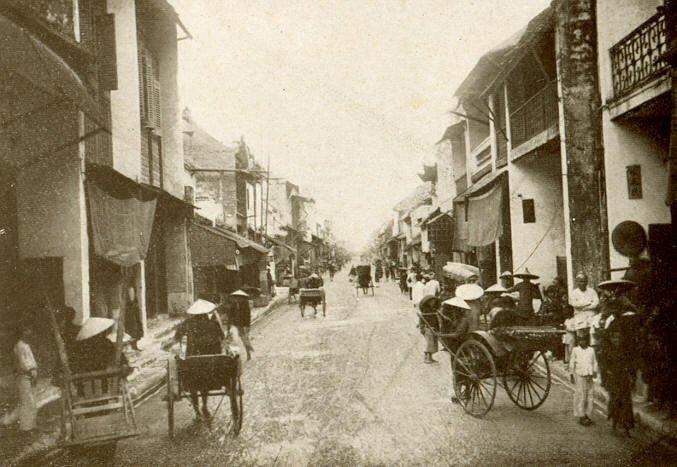 Phố cổ Thành Nam xưa. Ảnh chụp khu phố của Hoa kiều.