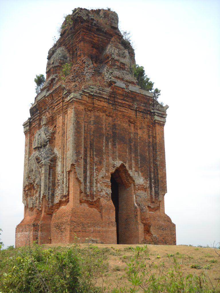 Tháp Cánh Tiên – Tháp Đồng