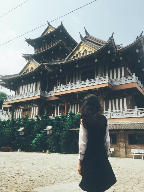 Bạn sẽ có được những tấm ảnh đẹp tựa như đang ở Nhật khi tới check-in Tu Viện Khánh An