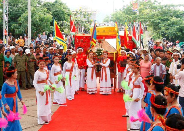 Lễ hội Katê được tổ chức hàng năm tại thánh địa Mỹ Sơn.