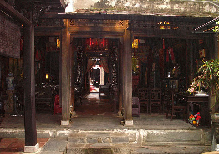 Kiến trúc bên trong nhà cổ Quân Thắng