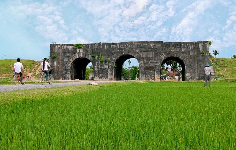 Lịch sử thành nhà Hồ với các chiến tích lẫy lừng.