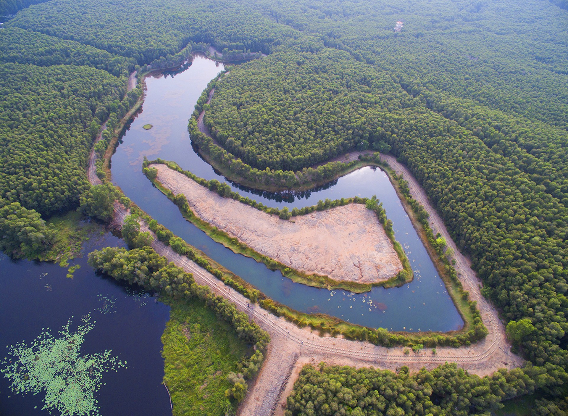 """""""Đốn tim"""" trước cảnh sắc của khu du lịch sinh thái Đồng Tháp Mười."""