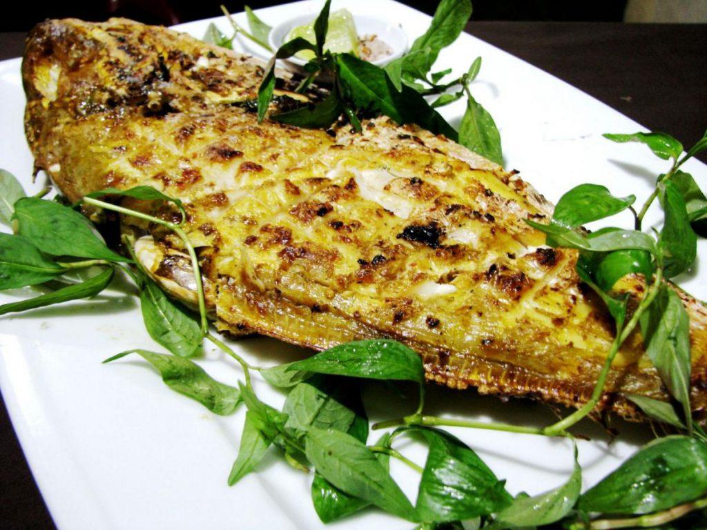 Cá da bò nướng, thịt thơm và dai ngon.