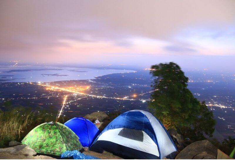 Cắm trại trên đường chinh phục cung đường Ma Thiên Lãnh