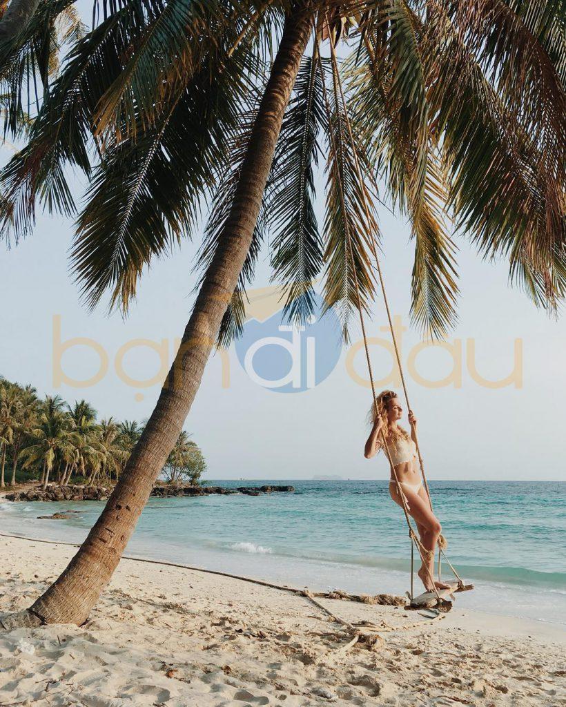 Trải nghiệm làm Robinson trên đảo hoang một ngày tại hòn Dăm.
