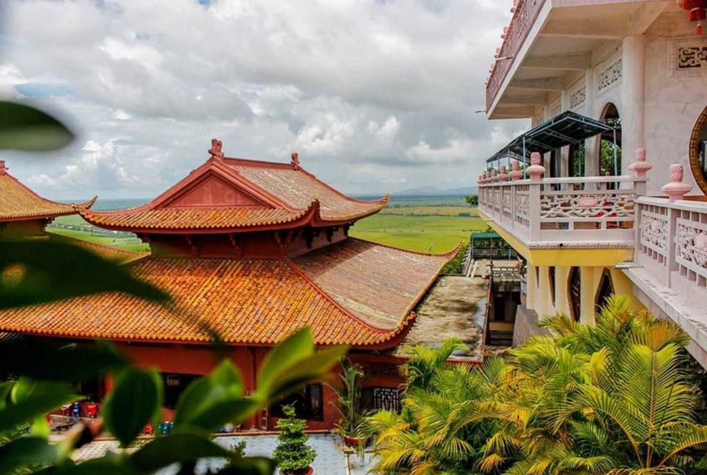 Tìm về miền tâm linh ở núi Sam An Giang.
