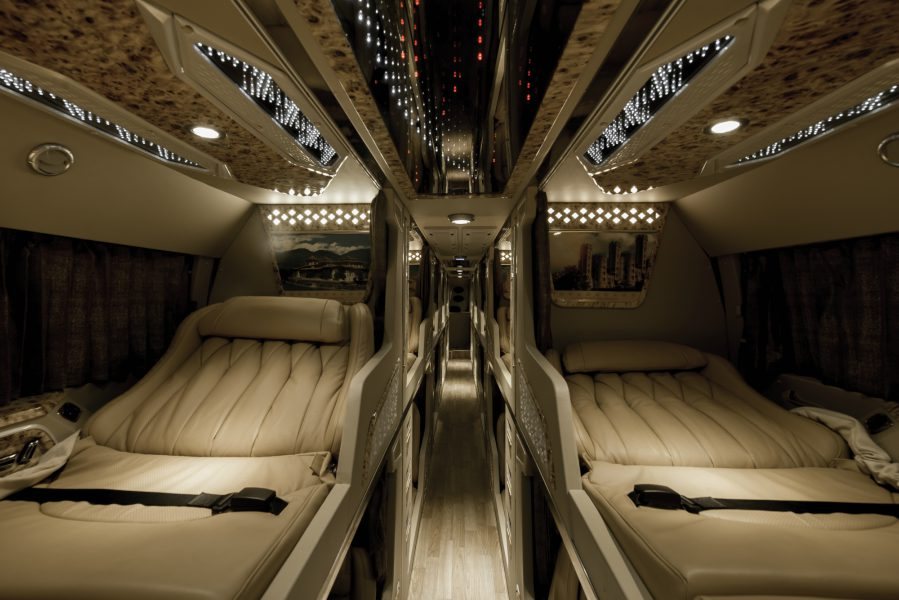 Dòng xe giường nằm, diện tích mỗi ghế rộng.