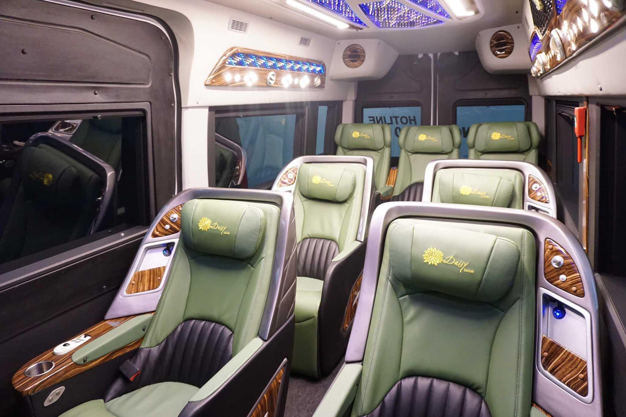 Xe Cúc Tùng Limousine đi Nha Trang từ Sài Gòn.