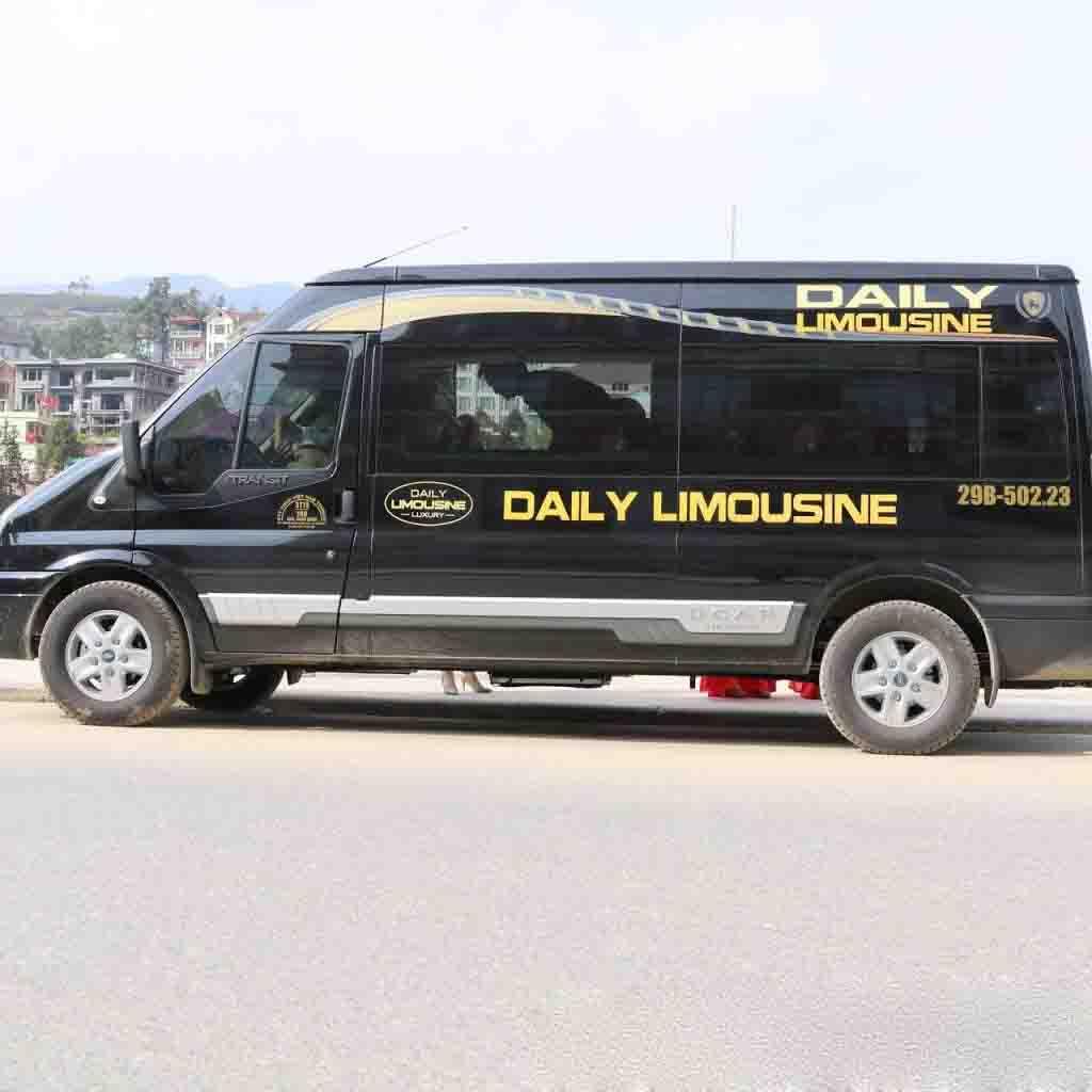 Xe Daily Limousine đi Lào Cai.