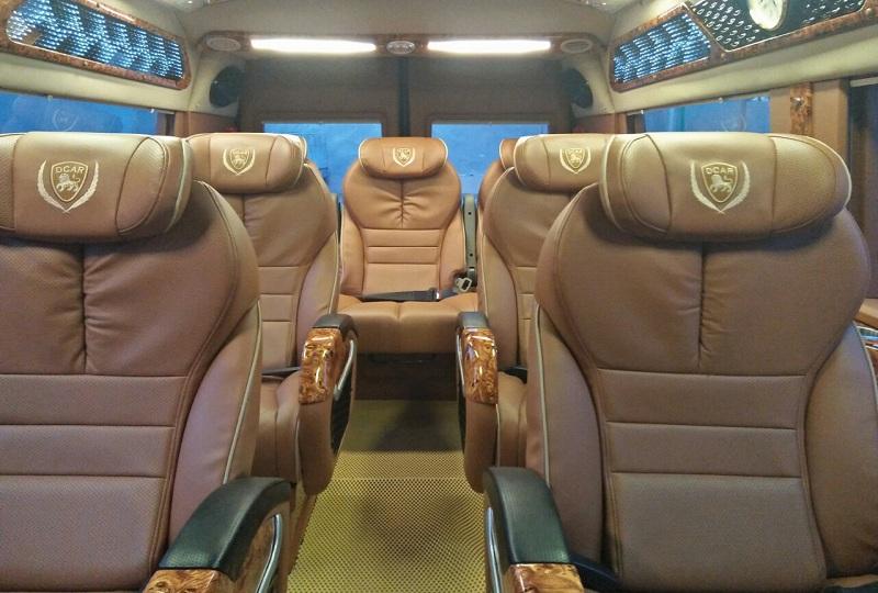 Xe Dream Transport Limousine đi Sapa.