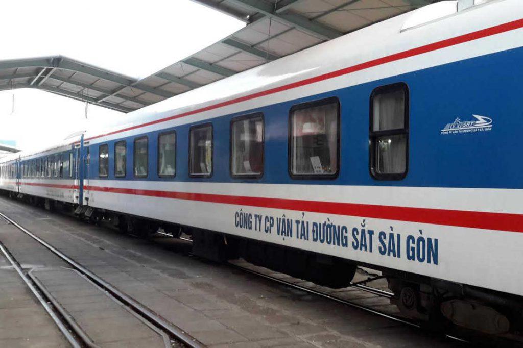 Xe lửa 5 sao đi Nha Trang.