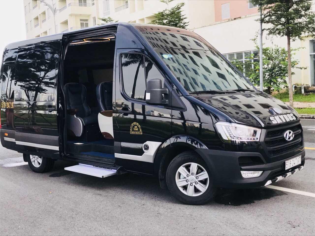 Xe Minh Trí Limousine Nha Trang Đà Lạt.