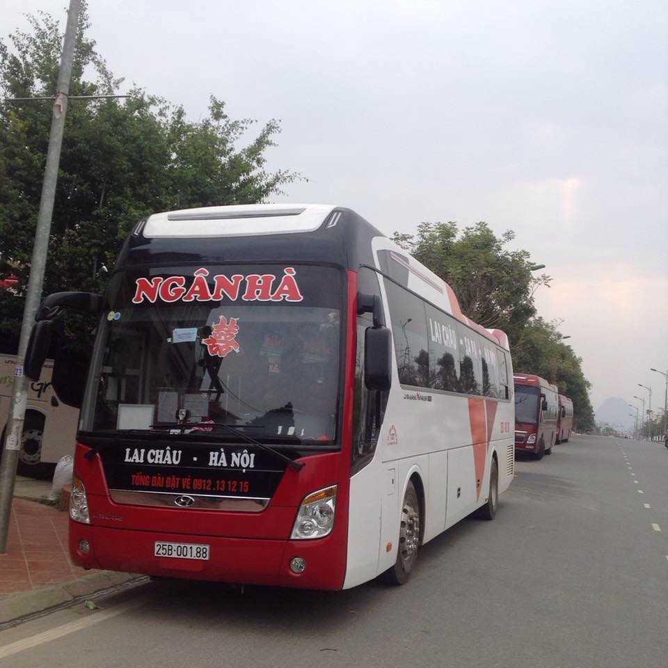 Xe Ngân Hà đi Lào Cai.