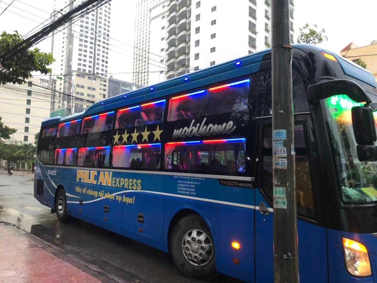 Xe Phúc An Express đi Nha Trang từ Sài Gòn.