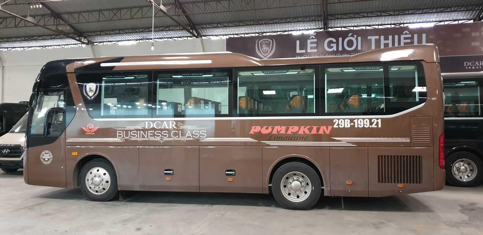 Xe Pumpkin Limousine đi Lào Cai.